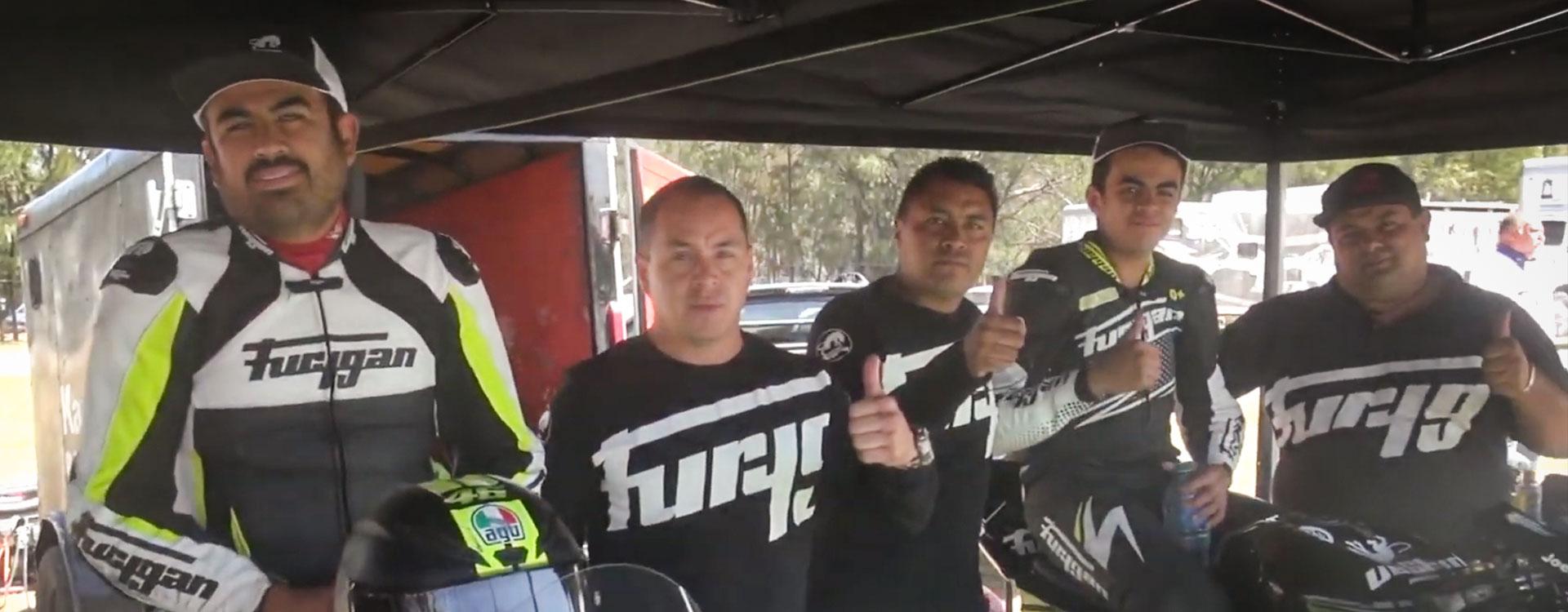 comp-video-carreras-02-equipo-jca-motorbikes-furygan